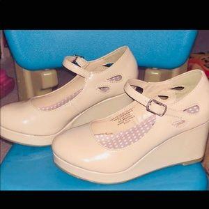 nude patent leather platform wedge heels